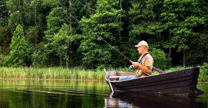 Ловля с лодки в Новом Милете