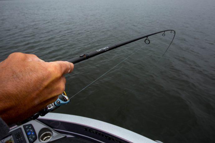 Выбор спиннинга для ловли щуки с лодки