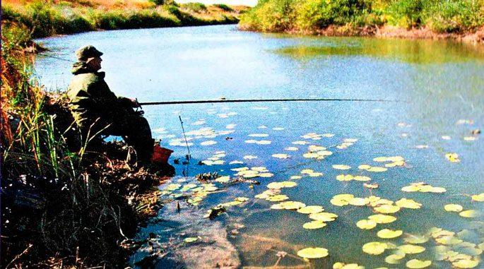 В первой день октября стоит ещё довольно теплая погода становится ловля