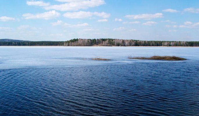 Озеро Булдым