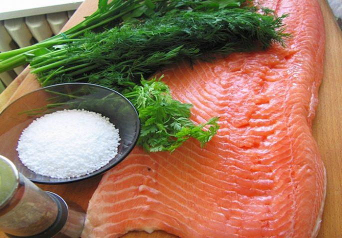Приготовление лосося целиком