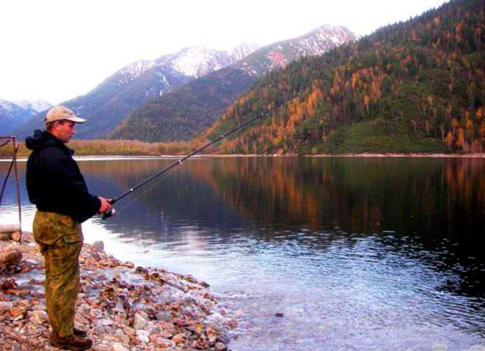 Рыбалка на Байкале осенью