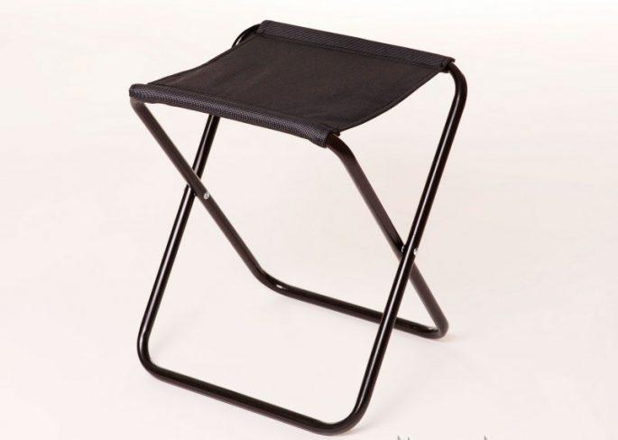 Обычный стул-раскладушка