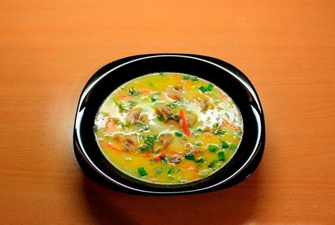 Сырный суп со скумбрией и пшеном