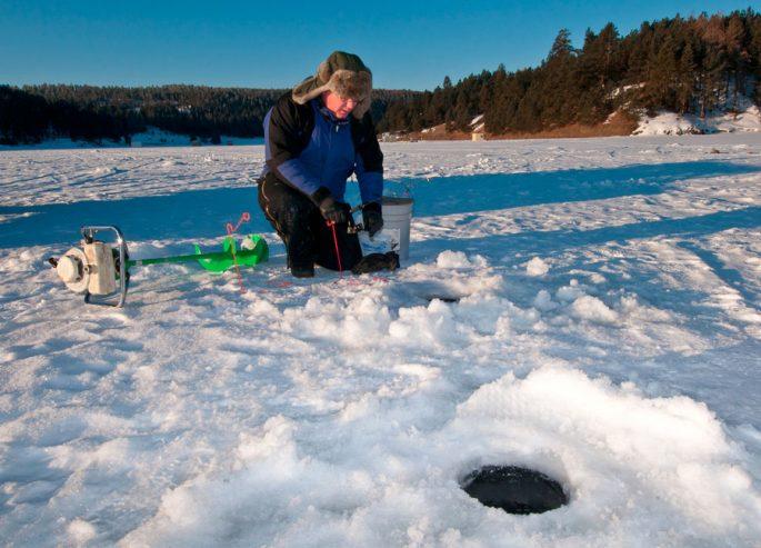 Уровень давления для зимней рыбалки