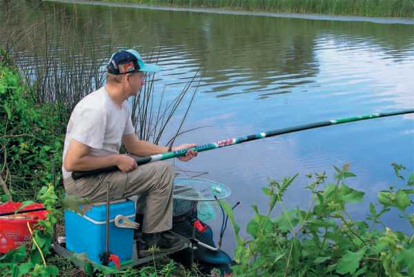 Поплавочная удочка в условиях сильного течения и для точечной ловли