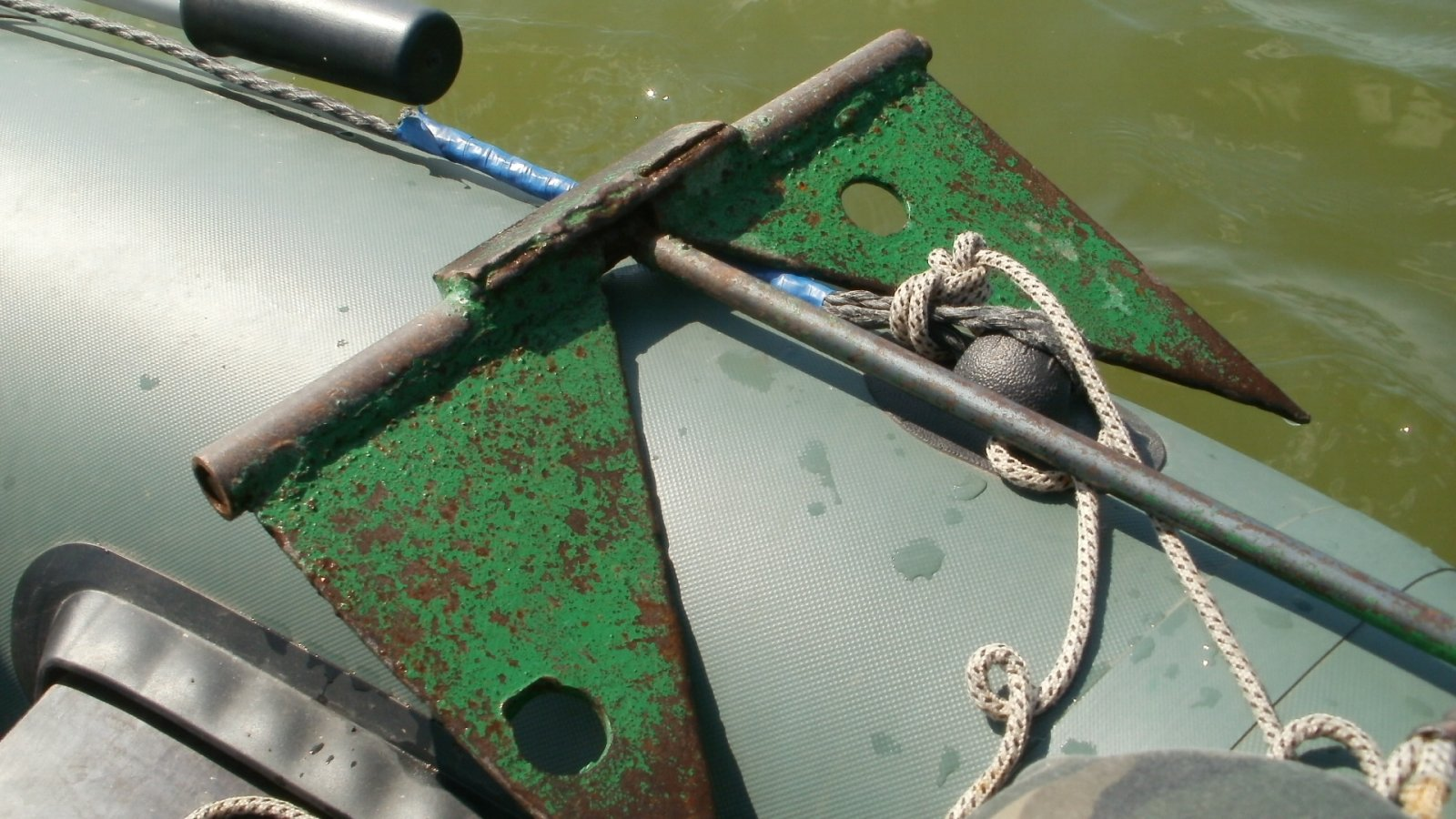 какой якорь лучше для пвх лодки на реке