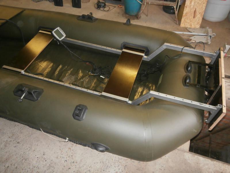 Ремонт лодки из ПВХ своими руками 9