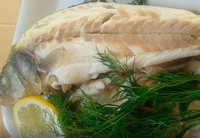 Морской волк, приготовленный в соли
