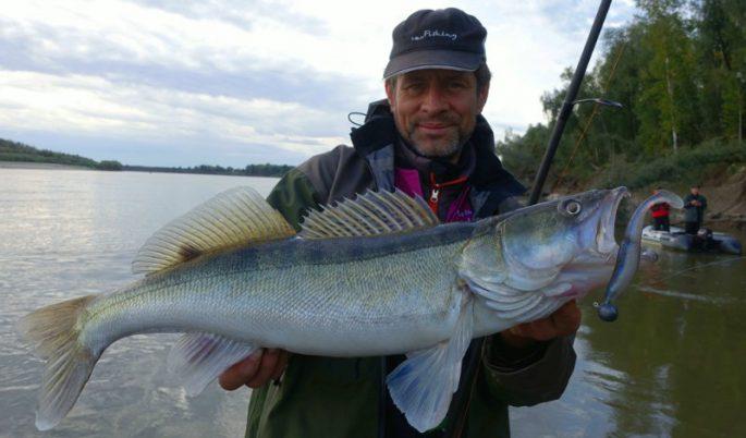 Летняя рыбалка на Иртыше в Омской области
